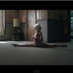 天才美少女ダンサーのマディ・ジーグラー、Sia「Chandelier」で驚愕ダンスを披露