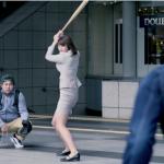 街のみんなが野球選手に変身する!トヨタ「G's」のCMがおもしろい