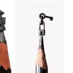Instagramフォロワー数53000人超え!鉛筆の先端につくられたミニチュア彫刻作品