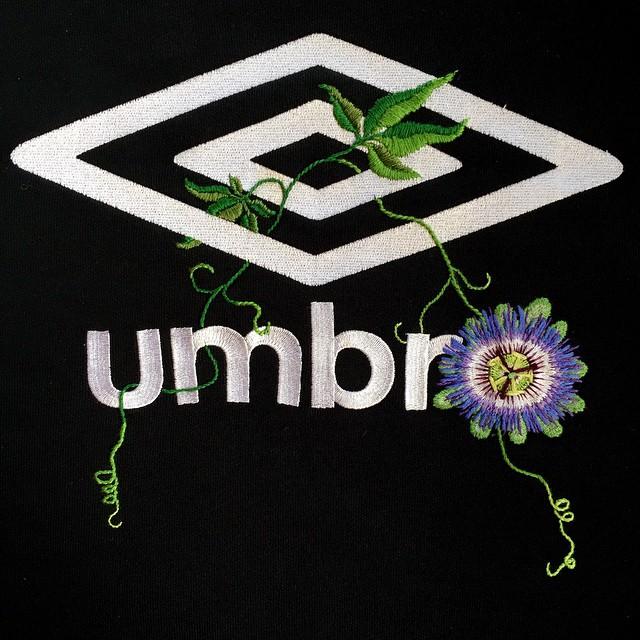 UMBROロゴ