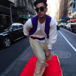 魔法のじゅうたんで実写版アラジンがニューヨークを疾走