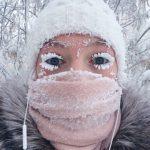 「世界一寒い国」サハ共和国、マイナス67度の極寒の地でまつ毛凍る