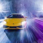 走るスーパーカーをおもちゃで驚くほどリアルに再現、見事な写真を撮影