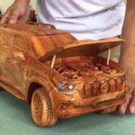 木彫りのトヨタ・ランドクルーザープラド、完成度の高さに驚き