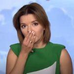 ウクライナの女性アナウンサー、生放送中に前歯が抜ける