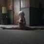 天才美少女ダンサーのマディ・ジーグラー、驚愕ダンスを披露しているSiaの『Chandelier』